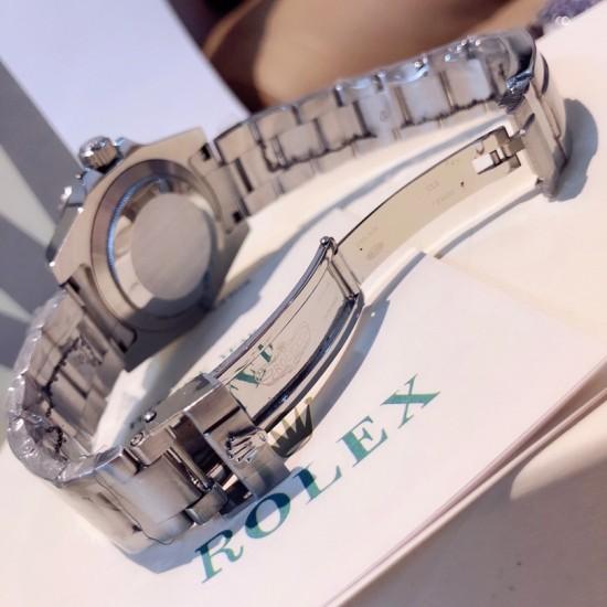 ROLEX   A SUBMARINER DATA 40MM RO0106