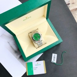 ROLEX  New Oyster Perpetual 41MM RO0141