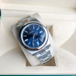 ROLEX  New Oyster Perpetual 41MM RO0143